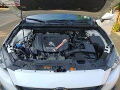 Bán Mazda 3 1.5 AT đời 2016, màu trắng số tự động