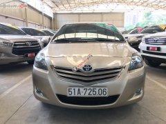 Cần bán gấp Toyota Vios năm sản xuất 2013, màu nâu