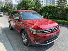 Bán ô tô Volkswagen Tiguan sản xuất 2019, màu đỏ, xe nhập chính hãng