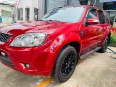 Bán Ford Escape XLS 2.3L 4x2 AT 2010, màu đỏ, xe ít sử dụng
