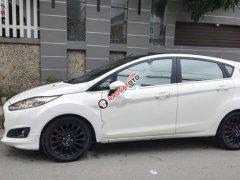 Bán Ford Fiesta sản xuất 2015, màu trắng xe nguyên bản