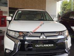 Mitsubishi Quảng Ninh  bán gấp chiếc xe Mitsubishi Outlander 2019, màu trắng  - Giá tốt - Ưu đãi lớn