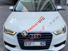 Cần bán xe Audi A3 năm 2014, màu trắng, nhập khẩu nguyên chiếc