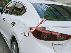 Cần bán Mazda MX 3 2.0 đời 2015, màu trắng giá cạnh tranh
