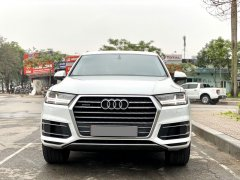Cần bán Audi Q7 năm 2018, màu trắng, nhập khẩu chính hãng