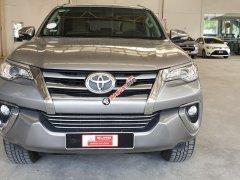 Cần bán lại chiếc Toyota Fortuner G MT, máy dầu, đời 2017 màu bạc, nhập khẩu nguyên chiếc
