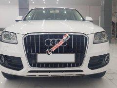 Cần bán lại xe Audi Q5 2.0T Quattro năm 2013, màu trắng, nhập khẩu, giá cực kì thấp