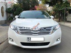 Bán Toyota Venza 3.5 AWD đời 2010, màu trắng, nhập khẩu xe gia đình