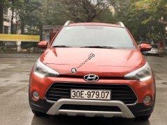 Cần bán gấp Hyundai i20 Active sản xuất 2017