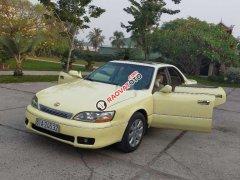 Cần bán Lexus ES đời 1994, màu vàng, nhập khẩu nguyên chiếc