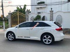 Bán Toyota Venza 3.5 AWD năm 2010, màu trắng, nhập khẩu