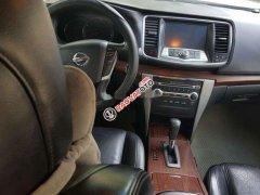 Cần bán gấp Nissan Teana 2011, màu trắng, nhập khẩu nguyên chiếc số tự động, giá 370tr