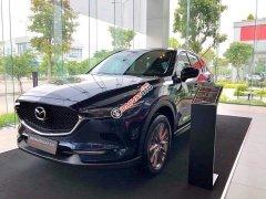 Mazda Long Biên bán xe Mazda CX 5 2.0 Premium sản xuất 2020, màu xanh lam