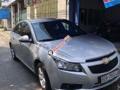 Cần bán xe Chevrolet Cruze đời 2010, màu bạc
