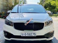 Bán xe Kia Sedona 2.2 DATH đời 2018, màu trắng như mới
