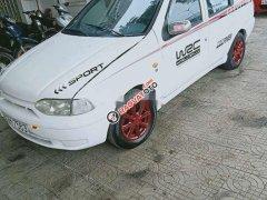 Cần bán xe Fiat Punto năm 2002 giá cạnh tranh