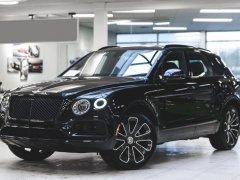 Bentley Bentayga 3.0 Hybrid 2020, màu đen sang trọng, đẳng cấp