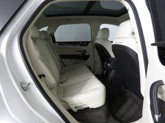 Bán xe Bentley Bentayga V6 3.0 Hybrid 2021, màu trắng, nhập khẩu mới 100%