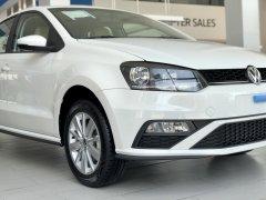 Volkswagen Polo Hatchback 2020, màu trắng tặng quà hấp dẫn khi mua xe