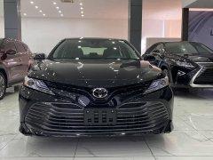 Bán Toyota Camry XLE 2.5 nhập Mỹ, sản xuất 2020, mới 100%, xe full option