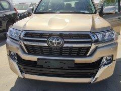Bán Toyota Land Cruiser VXS 2021, màu vàng, nhập khẩu nguyên chiếc