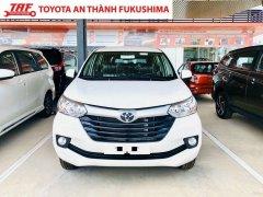 Bán Toyota Avanza số sàn màu trắng nhập khẩu, giảm giá khủng