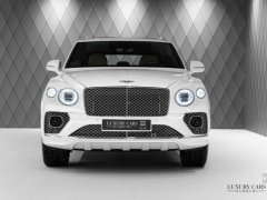 Bán Bentley Bentayga First Edition 4.0 V8 2021, mới 100% màu trắng, bản full nhất