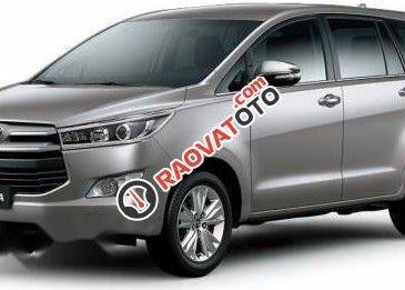 Cần bán xe Toyota Innova 2017, giá cạnh tranh
