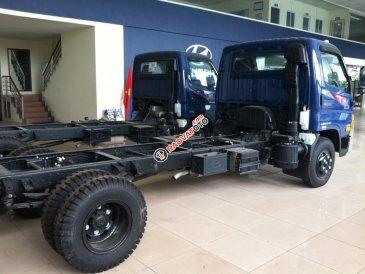 Bán xe tải Hyundai Mighty HD99 (New), tải trọng 6.5 tấn 2017, đóng thùng mui bạt, giá tốt nhất thị trường