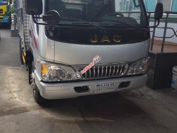 Cần bán xe tải Jac 2T5 mới 100%, thùng dài 3m7 vào thành phố